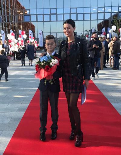 Маша Вебер с сыном Оскаром
