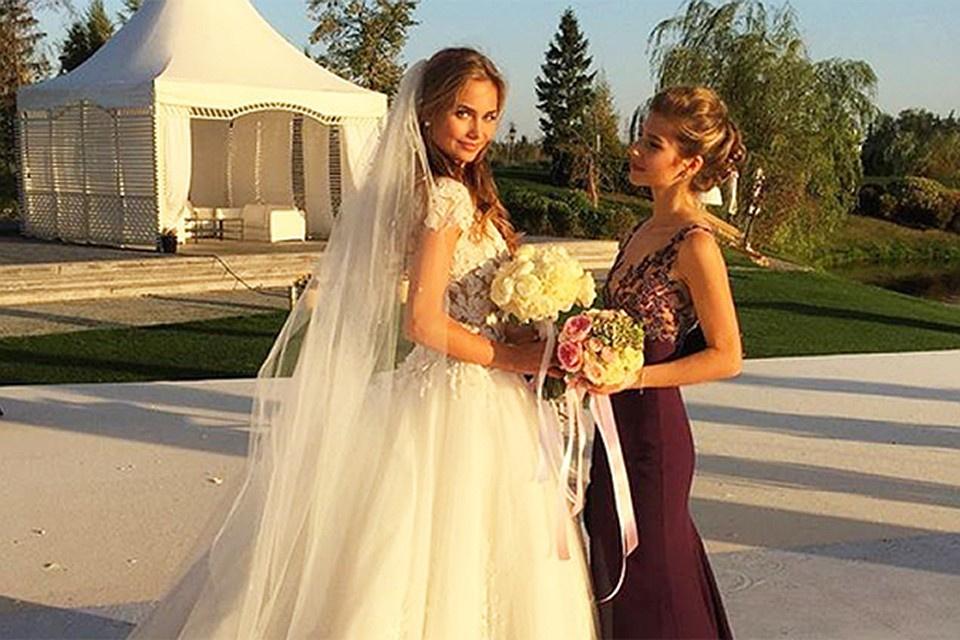 время антон петров и лиза брыксина фото свадьбы наруто