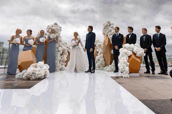 Сначала фигуристы не хотели свадьбу с размахом, но затем передумали