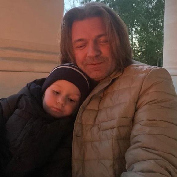 Пока сын Маликова не проявляет интереса к музыке