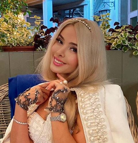 У Алены Кравец объявился 20-летний внебрачный сын