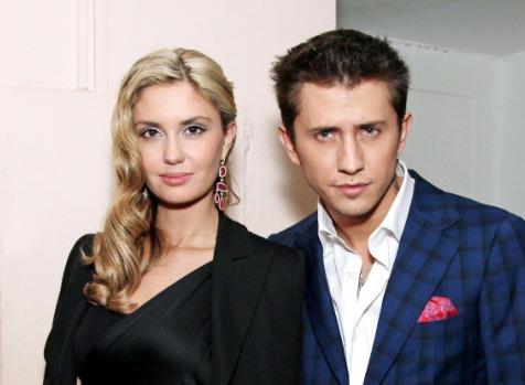 Павел Прилучный и Агата Муцениеце впервые вместе вышли в свет после скандала с избиением