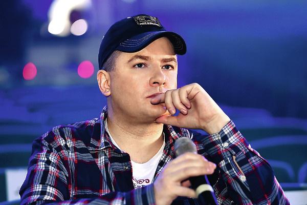 Андрей организует финальный тур по всему миру