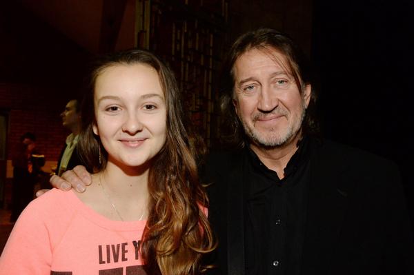 Дочь музыканта пока не определилась с будущей профессией