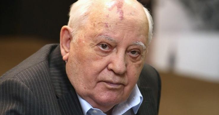 «Уже 6 месяцев лежит в больнице, ему очень плохо»: подробности о состоянии Михаила Горбачева