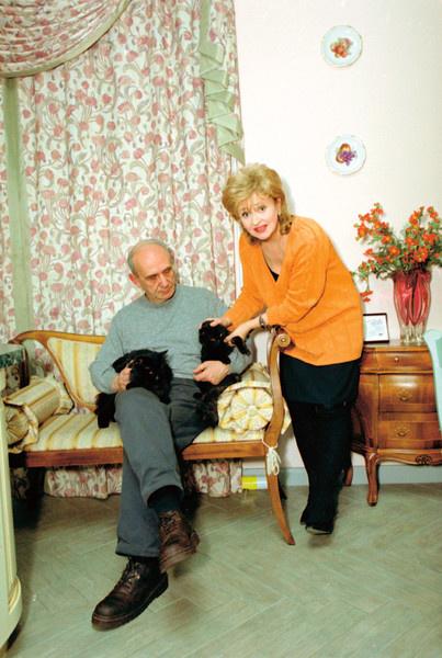 Более 50 лет Регина Дубовицкая счастлива в браке с Юрием Айвазяном