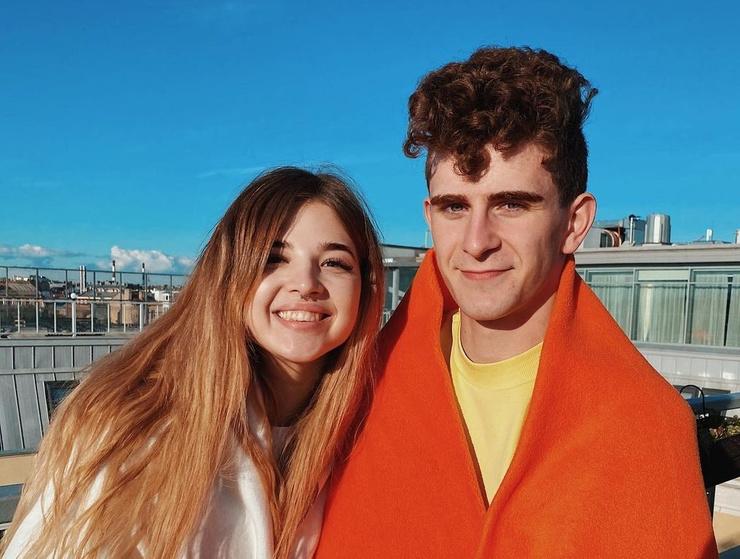 Аня Покров и Артур Бабич