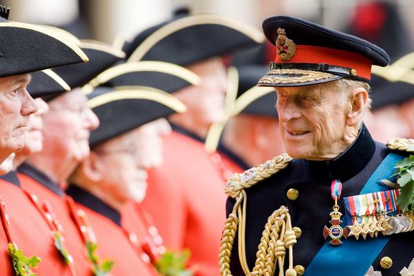 Принц Филипп редко появляется на публике