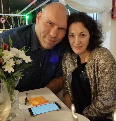 Николай Валуев с женой Галиной