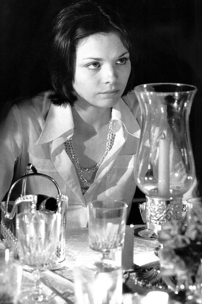 «Отто Премингер не был тактичен, снимая меня в моем первом фильме «Розовый бутон», — отмечала актриса. — Мне было 17, и он сказал, что я напоминаю ему Мэрилин Монро скорее из-за ее бездарности, чем из-за внешности»