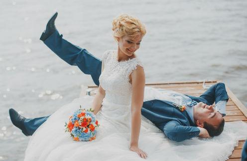 Дмитрий и Мария сыграли свадьбу в морском стиле