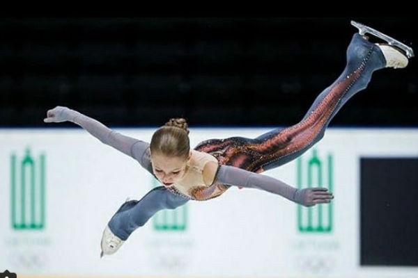Прыжок спортсменки