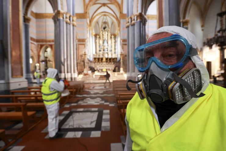 Коронавирус бушует в Европе