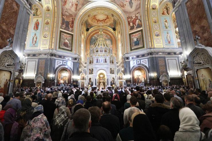 Сотни прихожан хотели проститься со священником