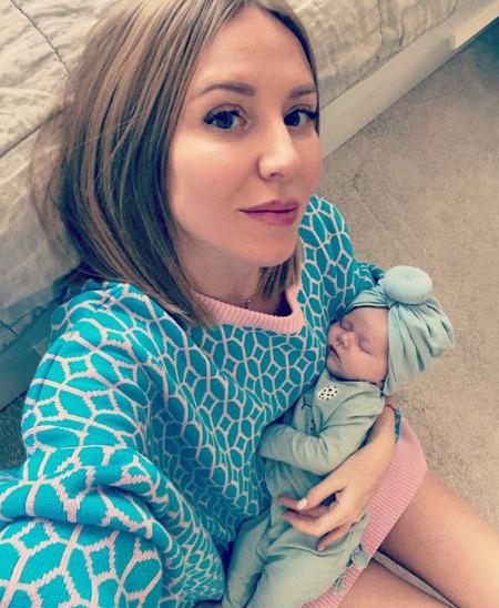 Шекунова скрывала беременность