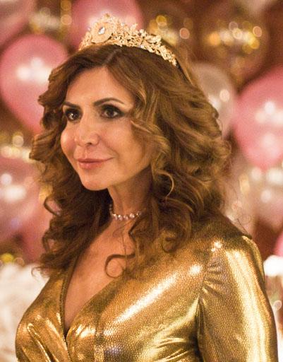 Ирина Агибалова появилась в образе королевы