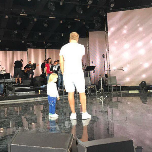 Владимир Пресняков готовит Артемия к карьере певца