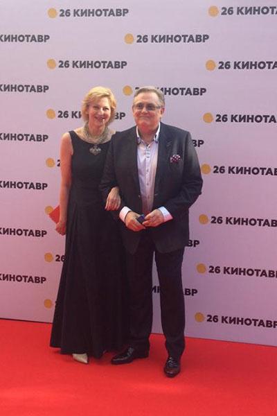 Юрий Стоянов и его супруга