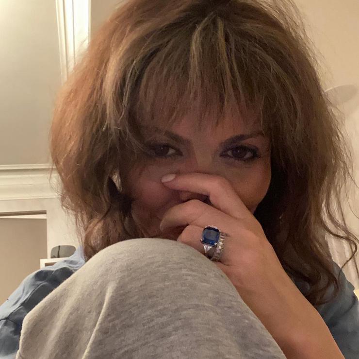 Экс-супруга Аршавина борется с аутоиммунным некрозом