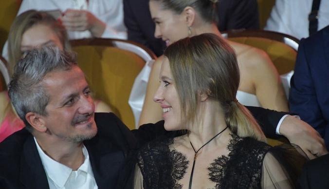От измены до венчания: история любви Ксении Собчак и Константина Богомолова