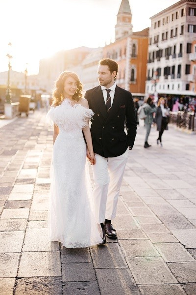Евгений Пронин и Кристина Арустамова гуляли по улицам Венеции