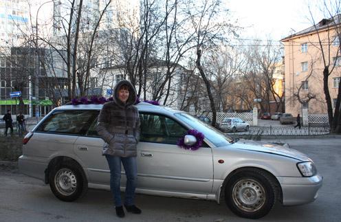 Самой большой проблемой таксиста Ольги Леоновой в Новый год становится отсутствие наличности у клиентов