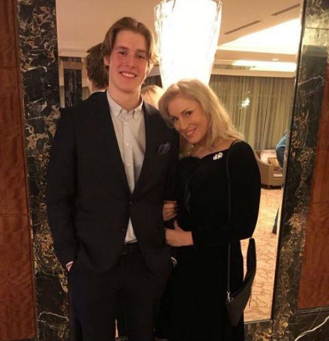 Сын Марии Шукшиной хочет забрать ребенка у бывшей невесты