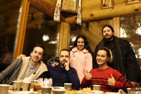 Фотий встретил Крещение с участниками «Голоса»