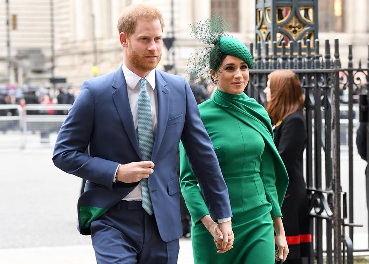 Гарри и Меган не смогли покинуть королевскую семью без скандала