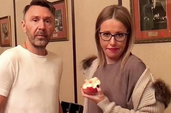 Сергей Шнуров и Ксения Собчак раньше дружили семьями