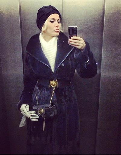 Молодая мама Таня Терешина знает, как утеплиться на прогулку