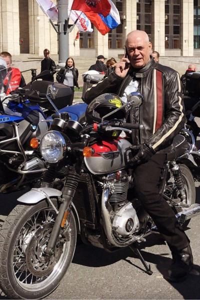Страсть к мотоциклам сыграла роковую роль в жизни журналиста