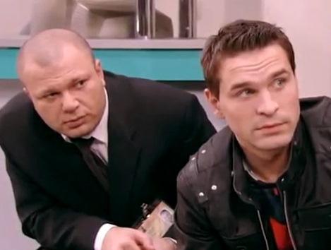 В середине нулевых Виктор снялся в сериале «Не родись красивой» и на время стал заложником одной роли