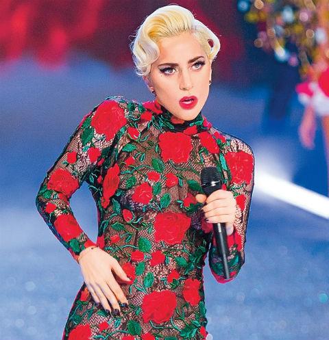 Леди Гага завоевала популярность не только прекрасным голосом, но и своим эпатажным стилем