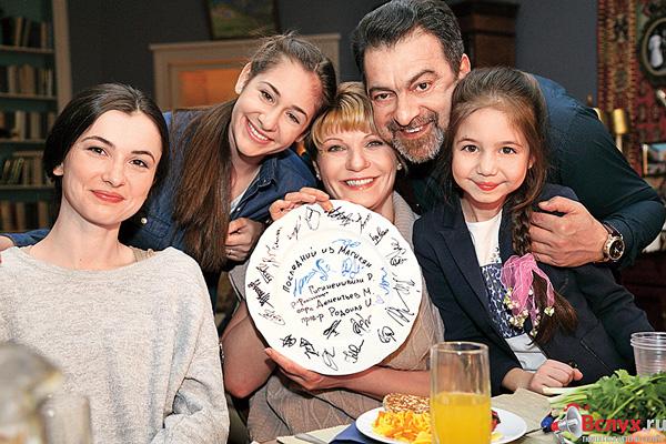 Актер Грант Тохатян скоро станет крестным папой юной звезды