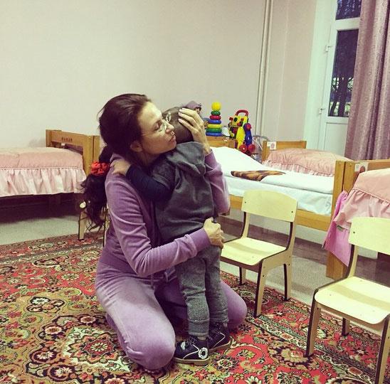 Новости: Эвелина Бледанс рассказала о том, как ее сын пошел в детский сад – фото №8