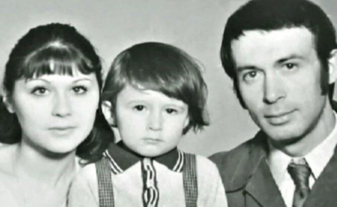 Галина Веневитинова c мужем и сыном Дмитрием