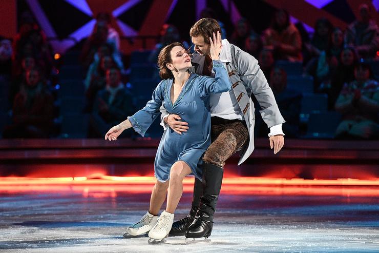 Марии Петровой и Дмитрию Сычеву тренеры поставили программу под композицию из фильма «Гардемарины, вперед!»