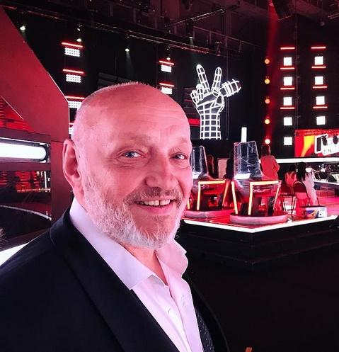 Петербургский певец стал участником шоу «Голос 60+»
