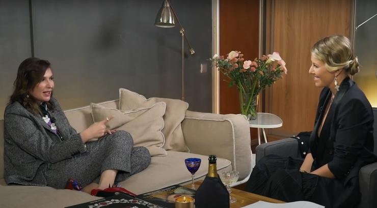 Собчак выбрала элегантный наряд для беседы с подругой Литвиновой — Натальей Максимовой