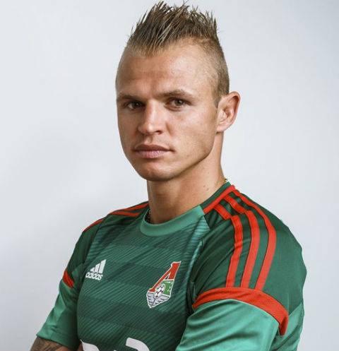 Тарасов вновь играет за уже ставший родным футбольный клуб