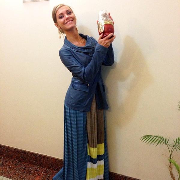 "Кристина Асмус со статуэткой премии ""Жорж"""
