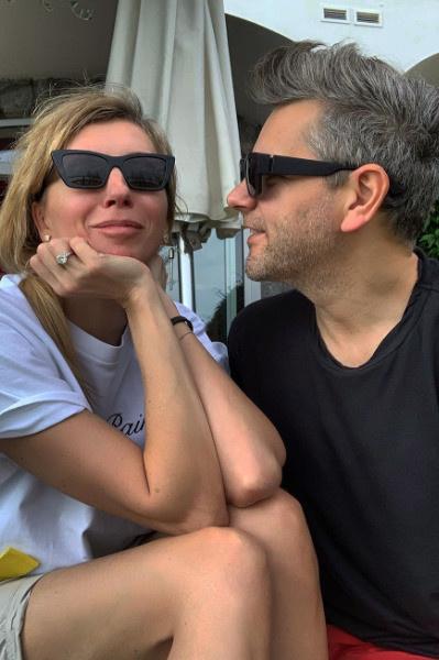 Поклонники и друзья подозревают, что скоро Светлана выйдет замуж за Сергея Харченко