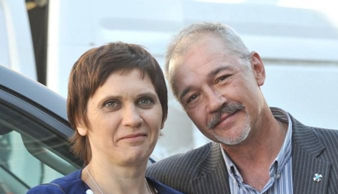 Жена Евгения Леонова-Гладышева: «Каждый месяц тратим 230 тысяч на реабилитацию»