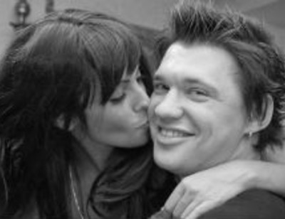 Солист группы «Корни» Алексей Кабанов женится
