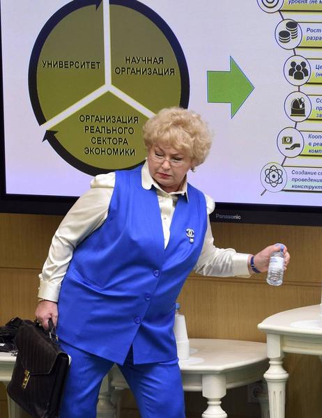 Людмила Нарусова является членом Совета Федерации от исполнительной власти Республики Тыва