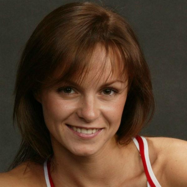 Ирина является мастером спорта по художественной гимнастике и чемпионкой Москвы и России среди студентов по спортивной аэробике