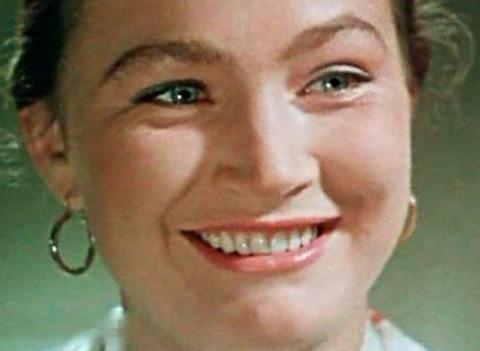 Звезда советского экрана Людмила Хитяева раскрыла правду о бывших мужьях и аборте