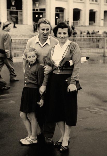 Татьяна Тарасова с родителями