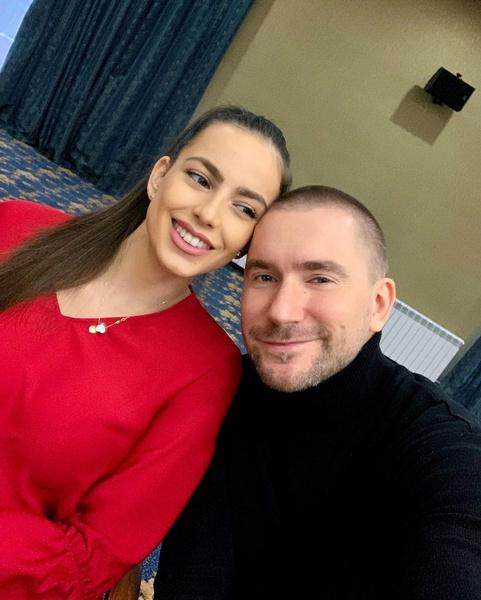Олег Винник с женой Алекс